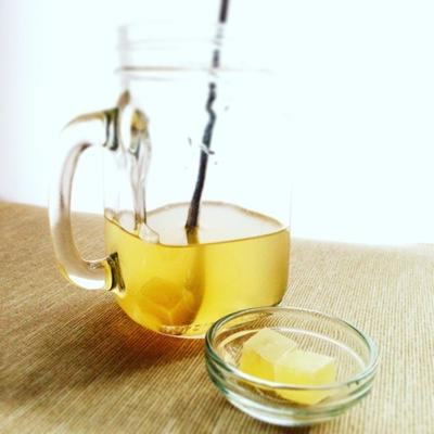 寒い季節の琥珀糖ドリンクレシピ♡ジンジャーシロップ琥珀糖×りんご酢×はちみつ