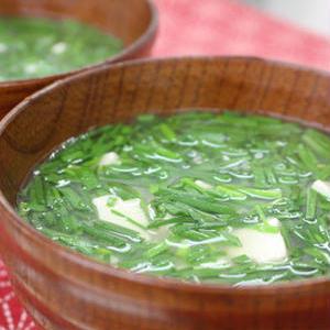 栄養たっぷり♪「ニラの味噌汁」レシピバリエ
