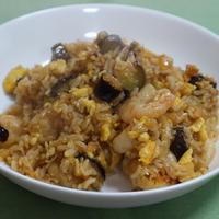 海老と茄子の炒飯 トムヤムクン風味