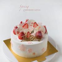 春のショートケーキ