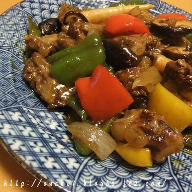 豚バラ軟骨と野菜の黒酢炒め