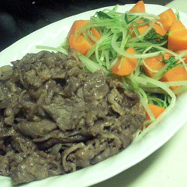 牛肉のナンプラー炒め