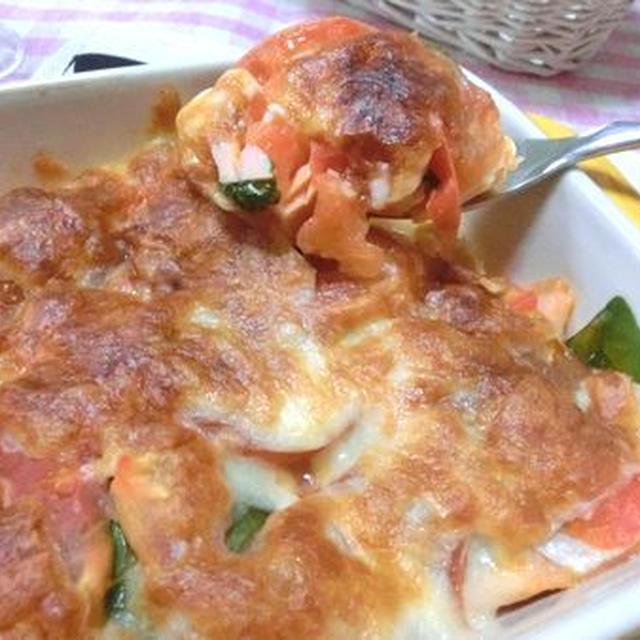味付けいらずで、簡単美味しい☆ 甘塩鮭のトマトチーズ焼き