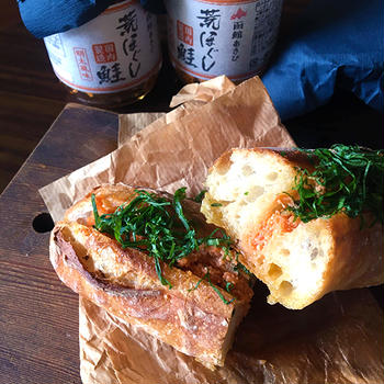鮭明太バターフランス。