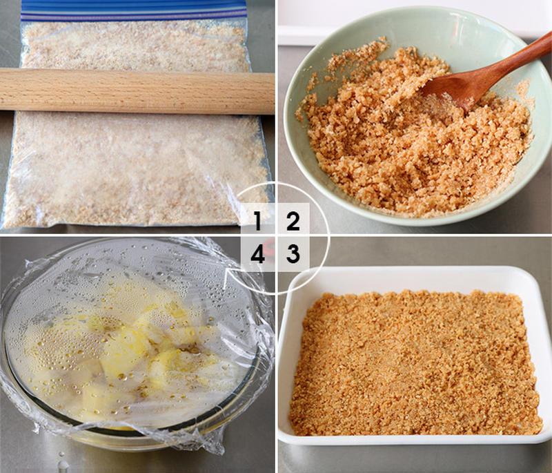 【1】ビスケットを保存袋などにいれ、麺棒で細かく砕きます。<br>【2】バターを電子レンジで30秒ほ...