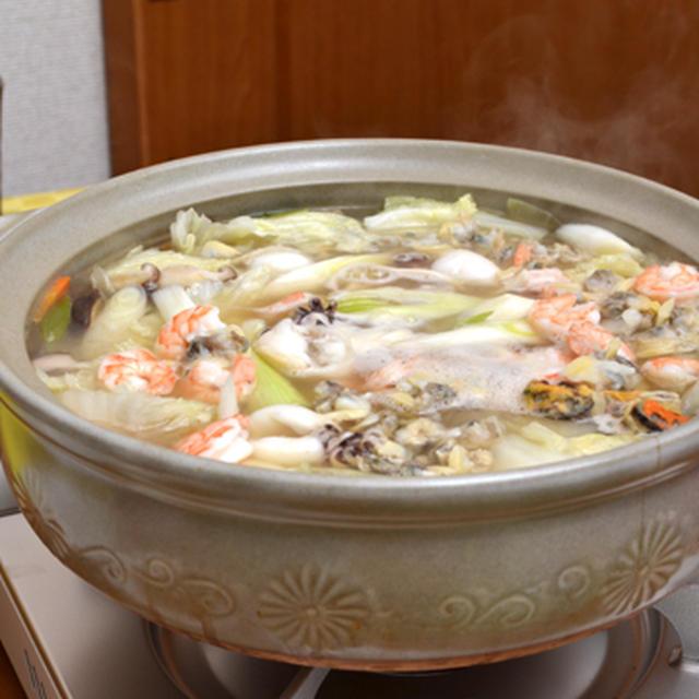 塩バター海鮮鍋。コストコのシーフードミックスで♪の晩ご飯。