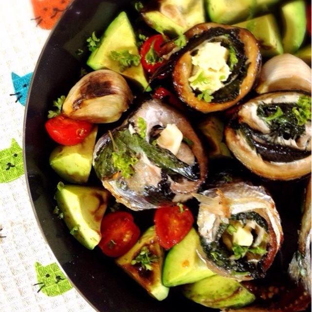 秋刀魚のチーズ紫蘇ロール。