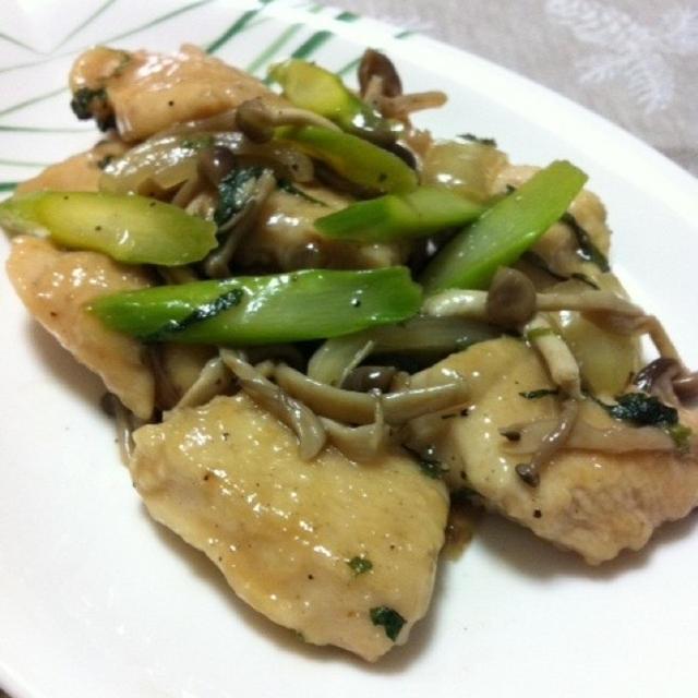 鶏とアスパラガスの和風炒め