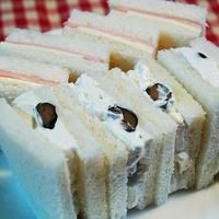黒豆入り生クリームのサンドウィッチ☆