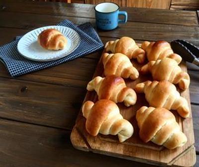 もっちり ハニーバターロール 詳しい手作りパンの作り方  *ゆめちから*生イースト*はちみつ*