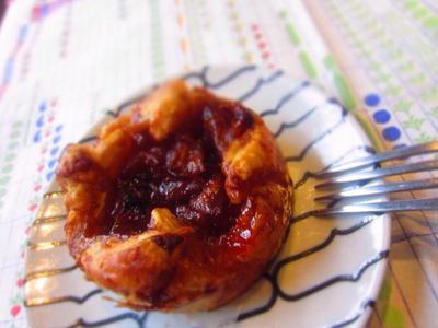 ボケリンゴを救出 ☆ キャラメルアップルパイ