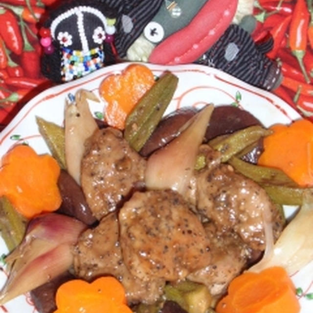 茗荷と豚肉の黒酢炒め&大葉とキャベツのマヨ味噌サラダ(お家カフェ)