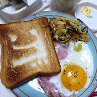 紅茶とひらめき簡単朝食♪