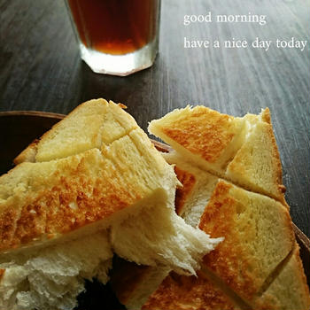 ゆったりしてます〜大好きな食パン♪〜