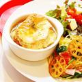 【 姫ごはん☆ 】ほうれん草とベーコンのパスタとオニオングラタンスープのレシピ☆