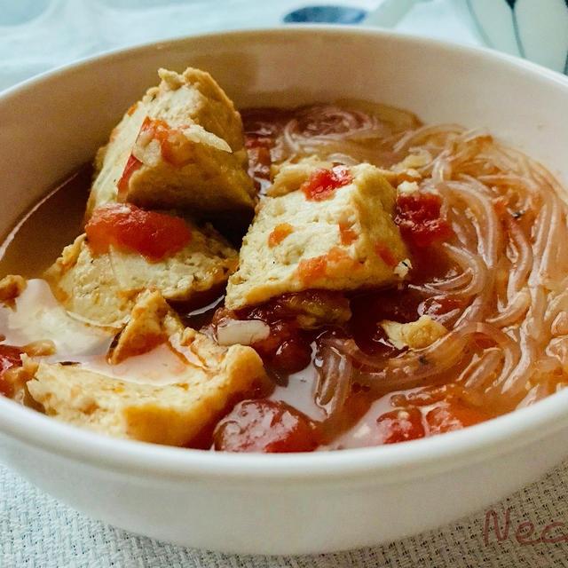 厚揚げと春雨のトマトスープ