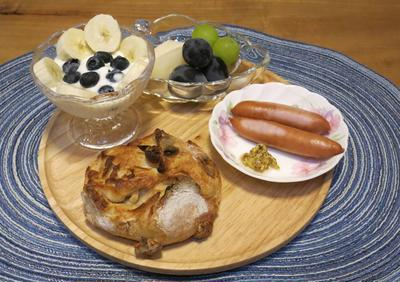神戸で人気のベーカリーのパンで朝食 と ゴルフコンペ♪