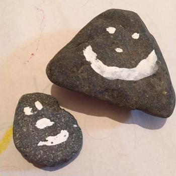 Stone painting !娘が、やりたい!と始めたのに、結局飽きて私が仕上げ...