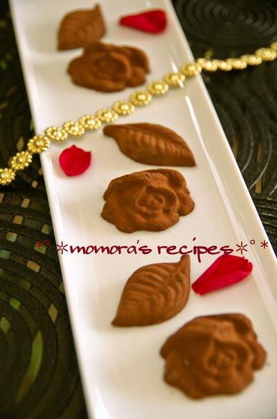 バレンタインお菓子♡レンジで簡単型抜き生チョコレート♡本命や友チョコに