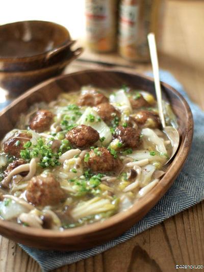 高騰乗り切り第2弾・白菜と肉団子の中華煮込み。