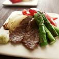 焼き野菜とひとくち牛肉の塩わさび添え