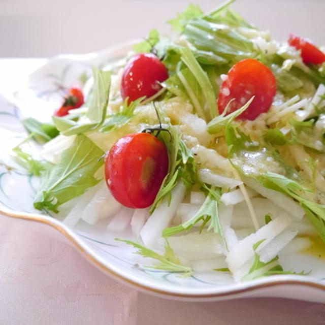 野菜&フルーツのコラボ♡~大根と梨のサラダ~塩麹ドレッシング