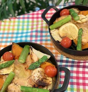 スキレット・オーブン利用で手軽に鶏もも肉の塩麹漬けのハーブ焼き