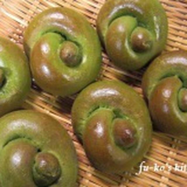 fuwavaniさんの「早焼き♡HBで♡抹茶ミルク食パン」で~ロールパン~を作りました♪