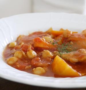 厚切り豚バラ肉とひよこ豆のトマトシチュー