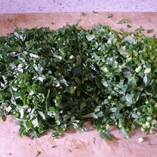 畑の野菜料理 大根葉のふりかけ