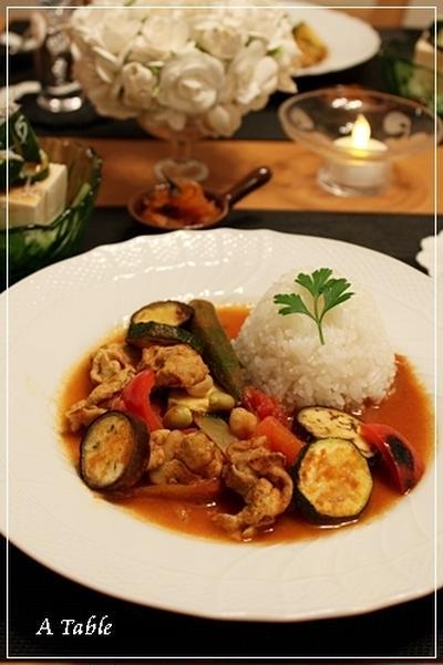 夏野菜たっぷり!トマトカレー♪(レシピ)