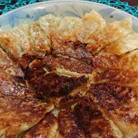 【レシピ】ママワザプラスでお手軽!【やみつき!カレー風味ぎょうざ】くせになる美味しさ♪