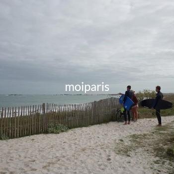 北ブルターニュの波乗りサーファーたち