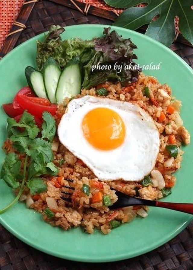 インドネシアの屋台飯「ナシゴレン」本格派から簡単レシピまで15選の画像