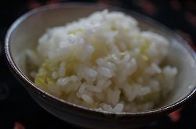 ルクエで簡単、ネギの炊き込みご飯