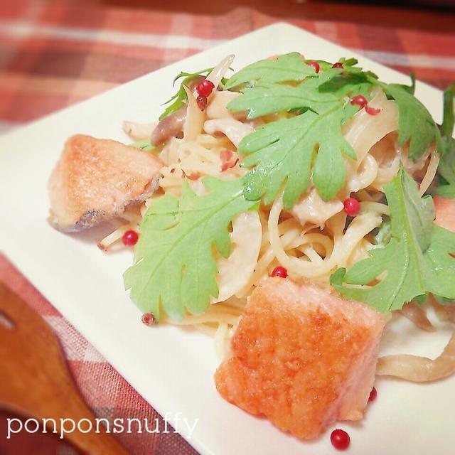 鮭と春菊の豆乳パスタ