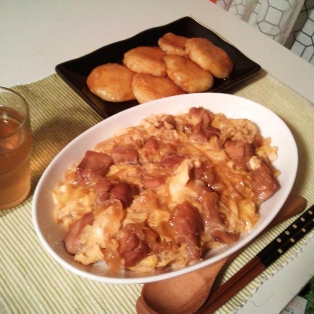 晩ごはん:親子丼といももち。