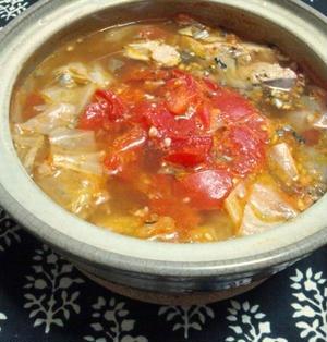 鯖缶&キャベツのトマト鍋