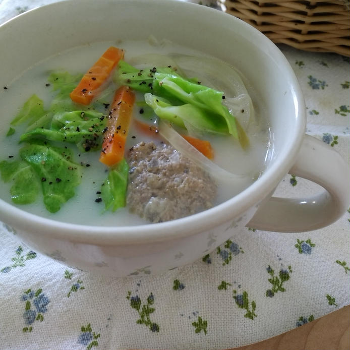 スープやグリルで丸ごと食べよう♪「春キャベツ」の人気レシピ35選の画像