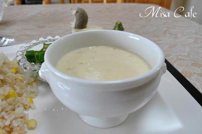 とうもろこしから作るコーンスープ と とうもろこしと鶏肉の炊き込みご飯