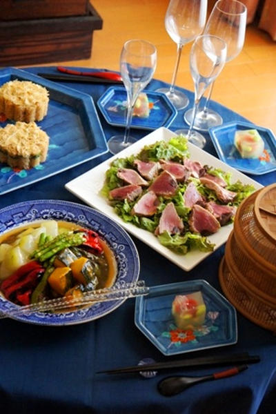 おうちワイン会、湯葉の押し寿司、鰹の瞬間スモークサラダ、冷やし銀杏夏野菜で酔いどれて