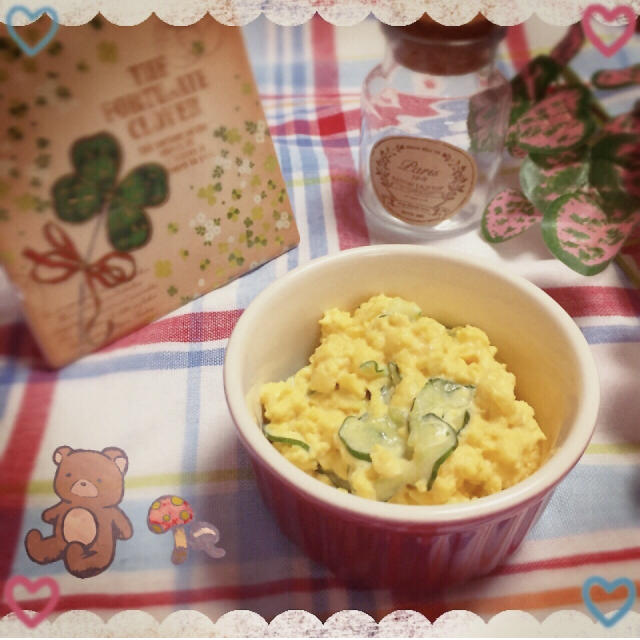 レンチン!ふんわり卵とキュウリのサラダ
