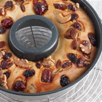 ナツメと木の実の薬膳ケーキ。卵・乳製品不使用。