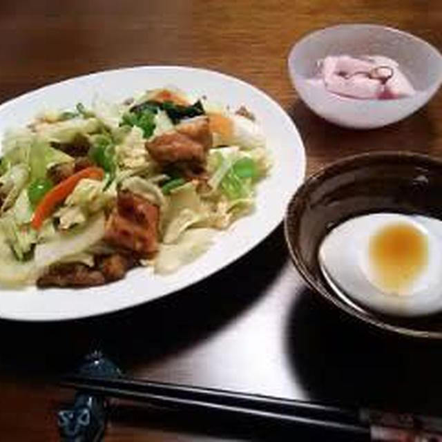 市販の焼き鳥を使って、蛋白質と野菜の夜食