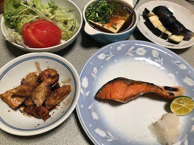 焼き鮭とささ身の焼き鳥