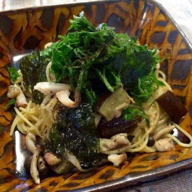 刺身と茄子の海苔しそパスタ~生姜醤油風味