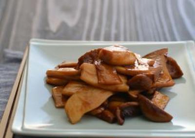 エリンギのオイスターソース煮風。(食材1つで)の晩ごはん。