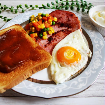 カヤジャムトーストで朝ごはん、赤魚の粕漬け焼きのお弁当、ワンプレート夕ごはん