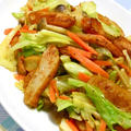スパイスで減塩!野菜たっぷり夏おかずはビールに合うキャベツとさつま揚げのカレー炒め。 by akkiさん
