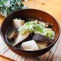 乾物バンザイ!!干し椎茸と高野豆腐のお味噌汁
